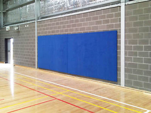 Basketball run off padding